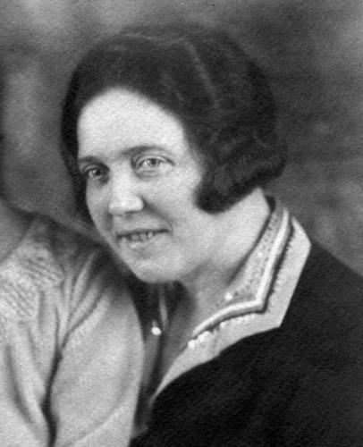 Hedwig Natzler ca. 1923